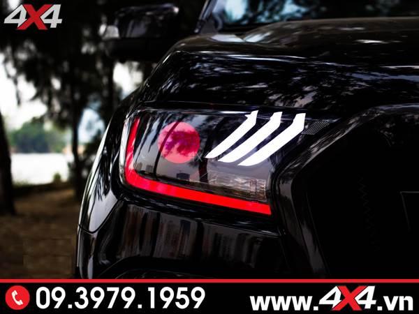 Độ đèn Ford Ranger: Chiếc bán tải Ford Ranger màu đen độ cụm đèn Ford Mustang chất và ngầu