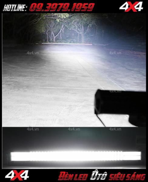 Hình ảnh đèn led ô tô: Đèn led bar 12D cho ánh sáng siêu sáng vào ban đêm