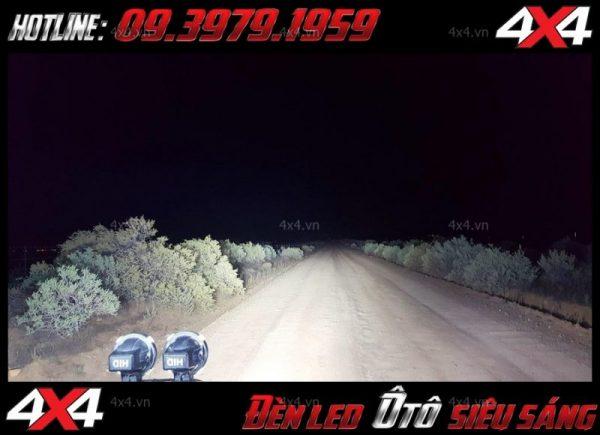 hình dạng cực đẳng cấp của xe bán tải sau khi gắn đèn led light bar