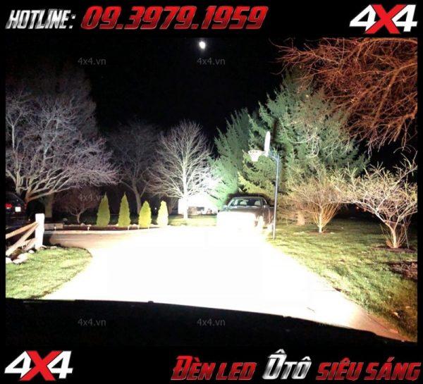 Picture Để xe thêm cứng cáp và mạnh mẽ hơn một số bạn có thể độ đèn led bar cho xe bán tải của mình