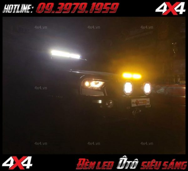 Xe bán tải ford ranger lắp đèn led bar đẹp và gắn đèn phá sương tăng sáng cực tốt