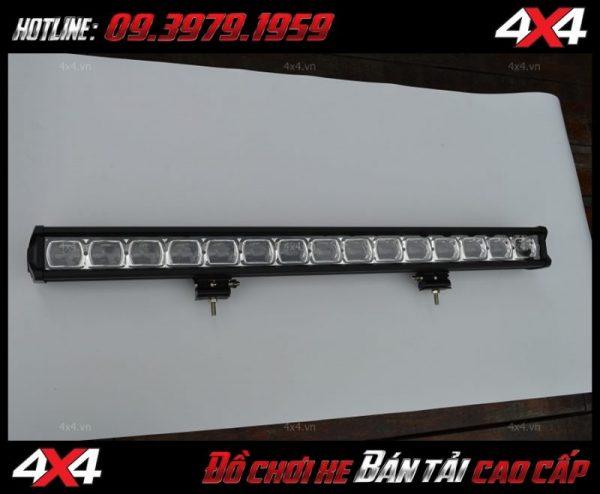 Led bar cho xe offroad: Mẫu đèn led bar 6D lúp mắt ruồi độ cho xe Ford Ranger