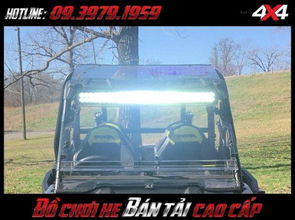 Led bar <strong>độ đèn Ford Ranger</strong>: Với cường độ sáng tốt, đèn led bar trợ giúp siêu tốt cho người lái vào ban đêm