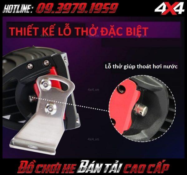 Đèn led bar 8d gắn nóc xe bán tải có thiết kế lỗ thở giúp đèn chống vào nước