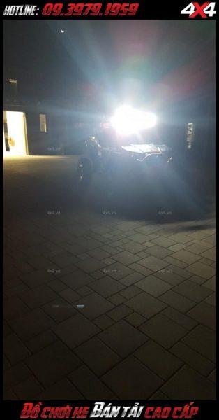 Test thử độ sáng của đèn led bar ô tô, đèn led bar xe bán tải 8D