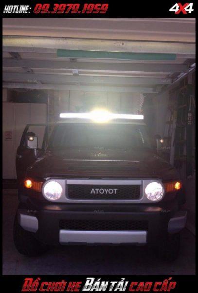 Bức ảnh <strong>đèn nóc xe bán tải</strong>: Đèn led bar cho ánh sáng khá tốt vào ban đêm