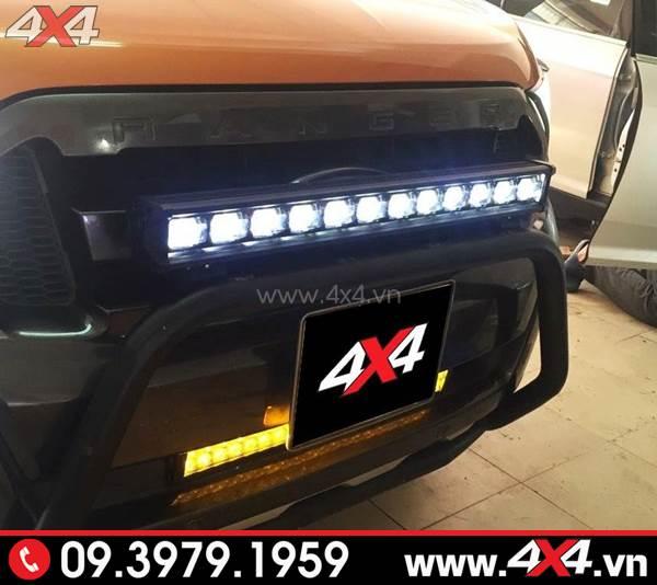 Đồ chơi xe Ford Ranger: Đèn led bar 6D đẹp và trợ sáng tốt cho xe bán tải