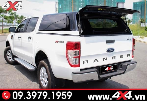 Đồ chơi xe Ford Ranger: Nắp thùng cao không đèn đẹp và tiện lợi cho xe bán tải
