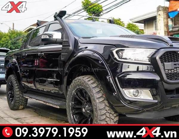 Đồ chơi xe Ford Ranger: Chiếc Ford Ranger màu đen gắn ống thở đẹp, ngầu và nhiều món đồ chơi khác