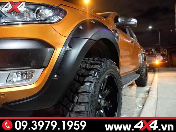 Đồ chơi xe Ford Ranger: Ốp cua lốp đinh loại lõm độ thêm cứng cáp và hầm hố cho xe Ford Ranger