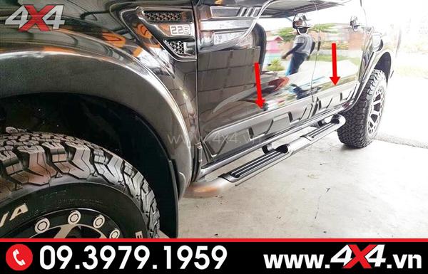 Ốp hông, ốp sườn màu đen bản nhỏ độ đẹp cho xe Ford Ranger