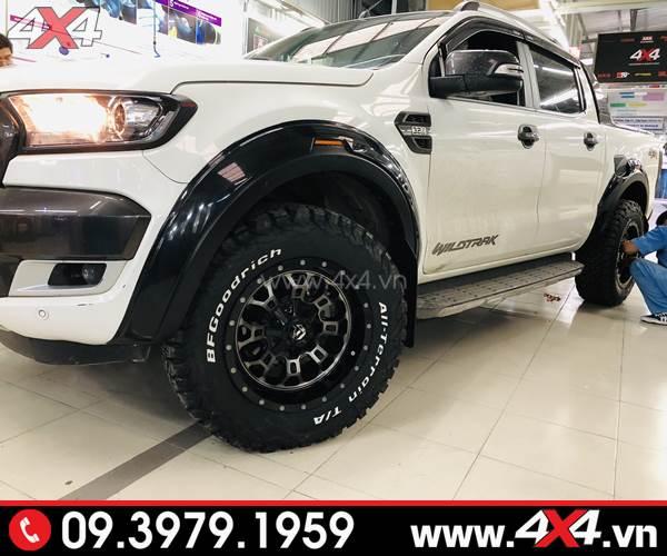 Ốp cua lốp FITT Thái Lan màu đen không đèn độ đẹp cho Ford Ranger