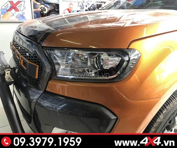 Giá xe Ford Ranger 2018 - Ốp viền đèn trước mẫu carbon ốp đẹp và đẳng cấp cho xe Ford Ranger