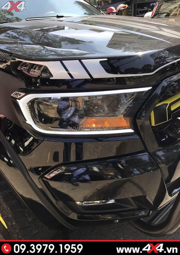 Giá xe Ford Ranger 2018 - Ốp viền đèn trước có đèn gắn xe bán tải Ford Ranger