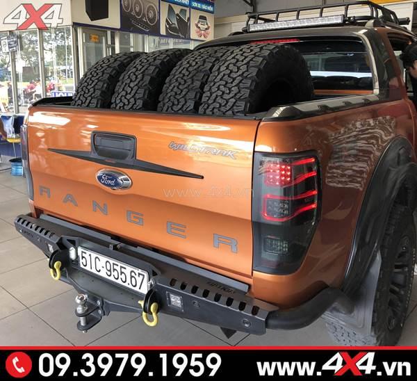 Đèn hậu Ford Ranger độ kiểu Merc đẹp và hầm hố dành cho xe bán tải