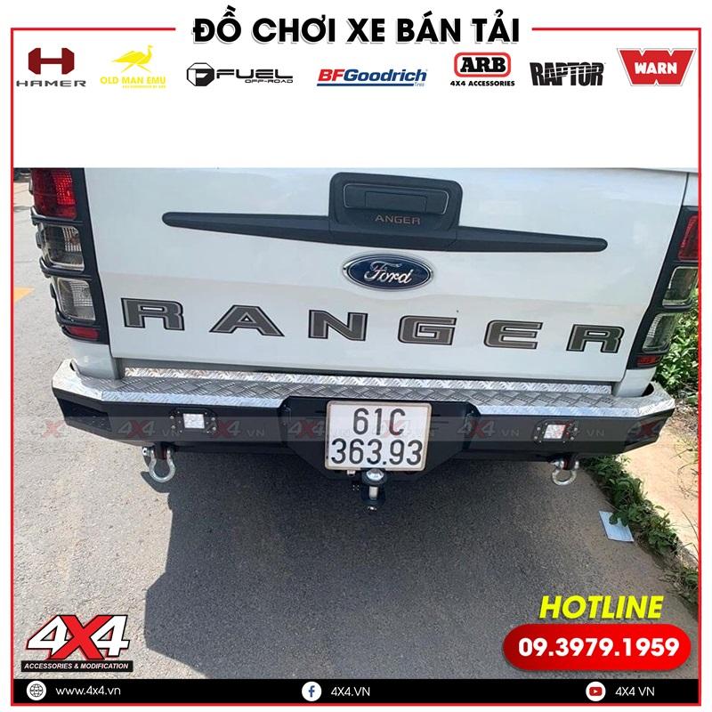 Mẫu cản sau đẹp và cứng cáp được nhiều người thích dành cho xe bán tải Ford Ranger