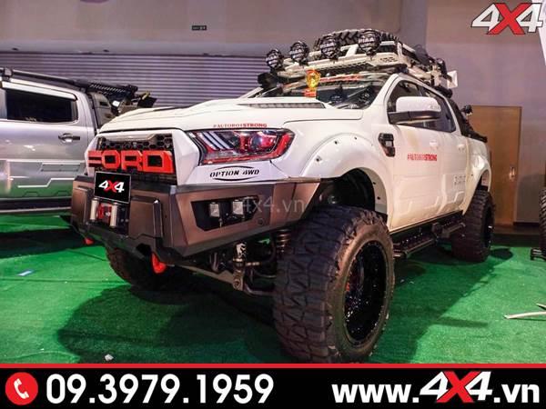 Chiếc Ford Ranger độ đẹp và đỉnh với nhiều món đồ chơi đắt tiền - Hình 26