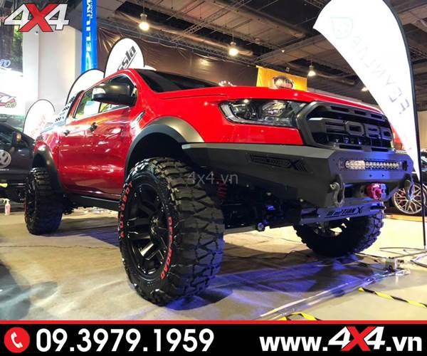 Chiếc bán tải Ford Ranger Raptor độ đẹp và hầm hố với cản trước - Hình 2