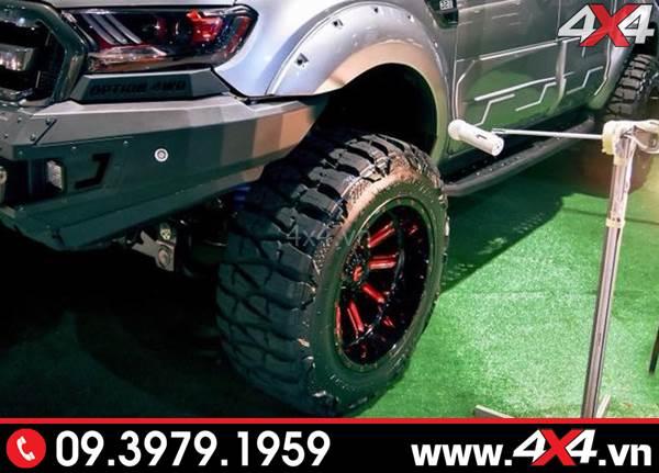 Mâm Fuel Hardline cứng cáp và bánh lớn giúp xe đẹp và ngầu hơn