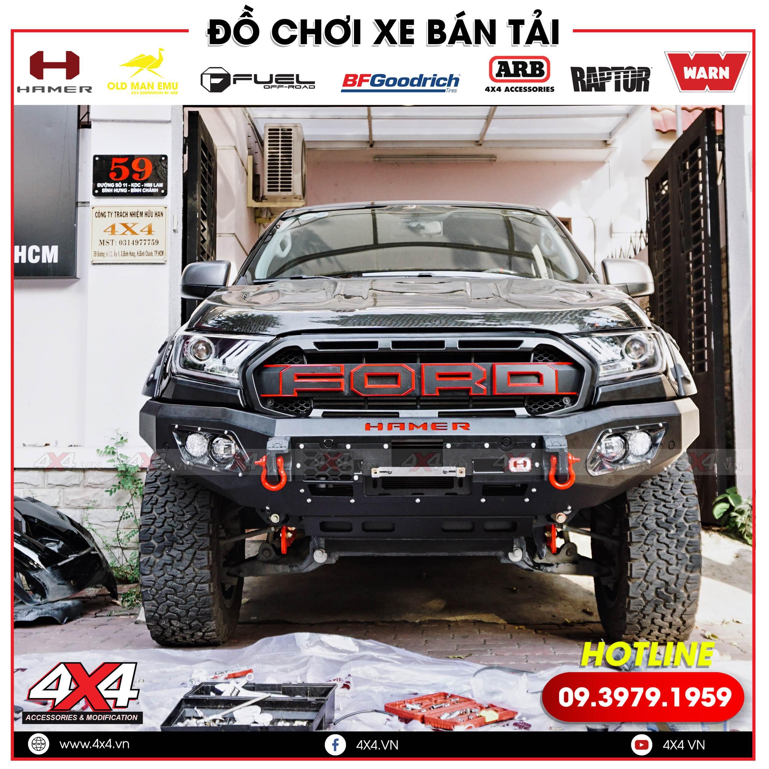 Xe bán tải Ford Ranger XLS độ mặt nạ Raptor và cản Hammer đẹp, ngầu và hầm hố