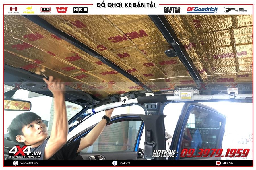 Làm cách âm chống ồn cho xe bán tải Dmax Triton Navara BT50 Ford Ranger Colorado Hilux tại 4x4 Workshop TP HCM