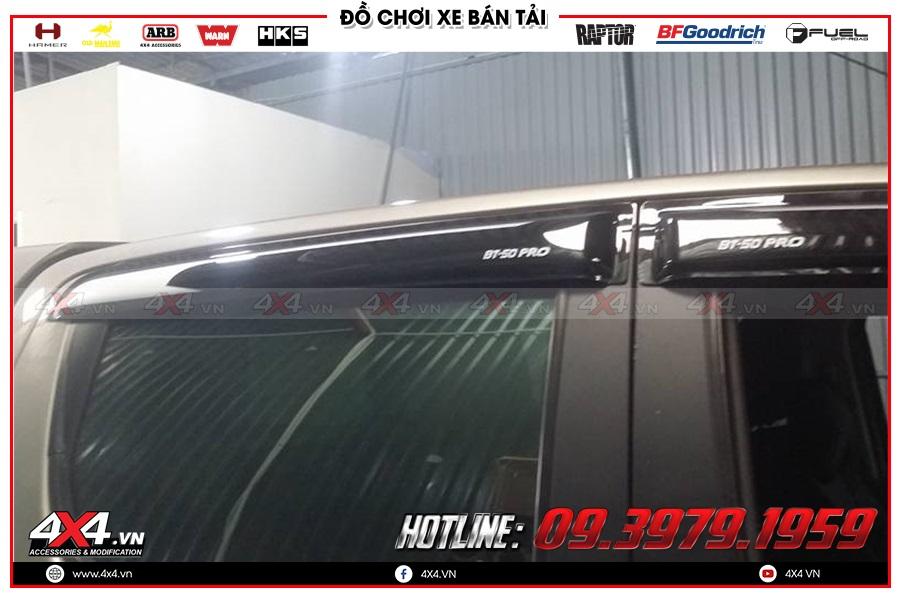 Lời khuyên gắn vè che mưa cho xe Mazda BT50