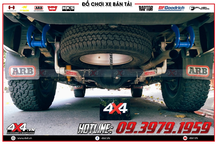 Lý do nên mua sản phẩm chắn bùn Toyota Hilux tại cửa hàng 4x4