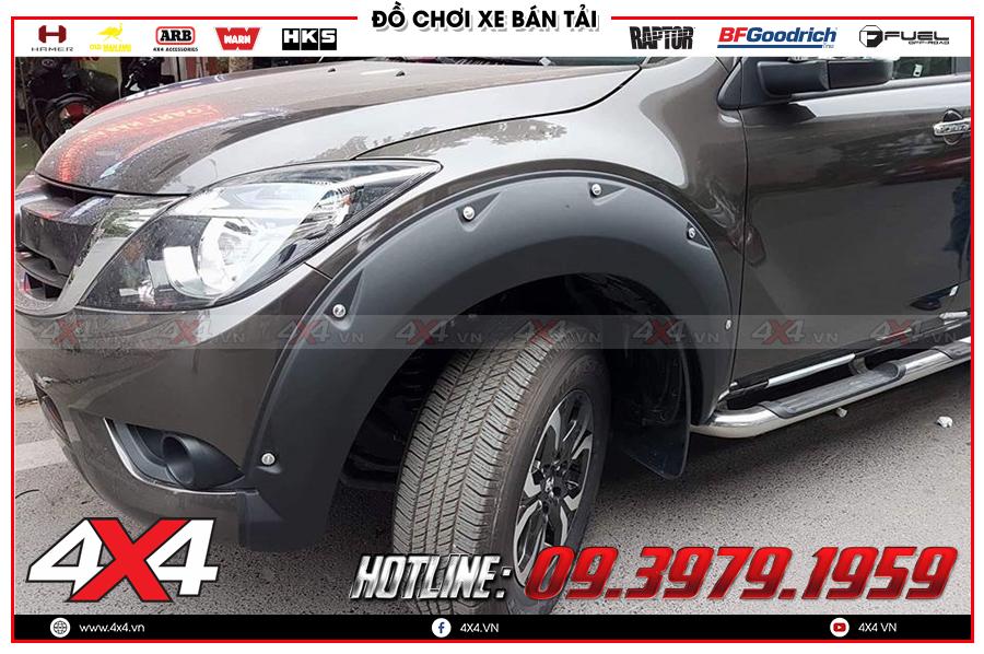 Chuyên lắp Ốp cua lốp Mazda BT50 hàng đẹp chất từng milimet