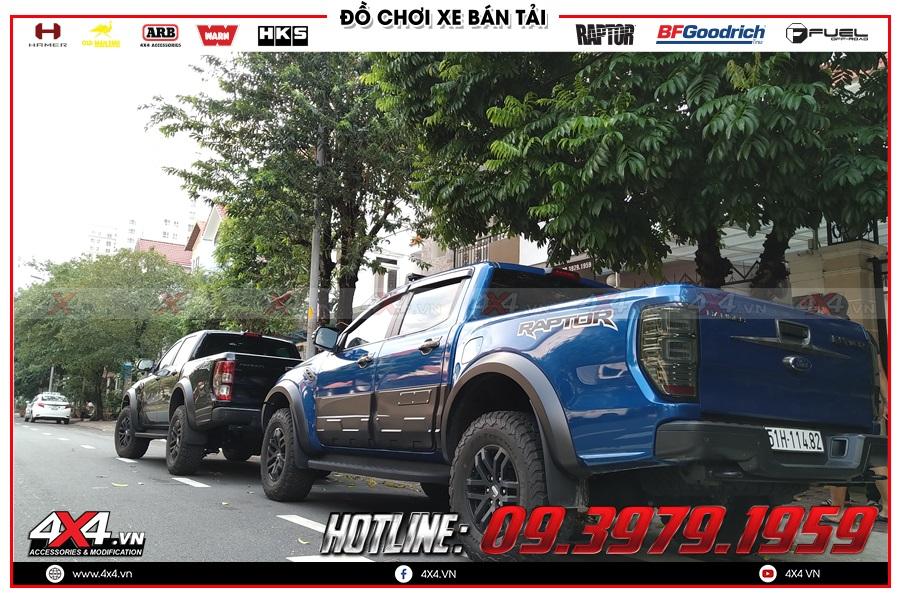 Hình ảnh sản phẩm ốp hông cửa độ cho xe Ranger Raptor tại 4x4