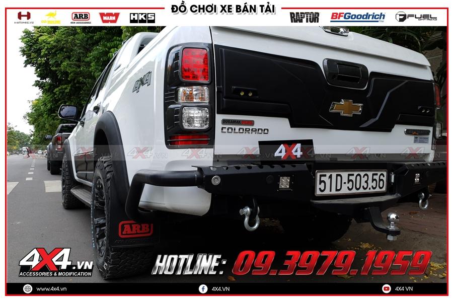 Bộ ốp dành cho Chevrolet Colorado giá như thế nào?