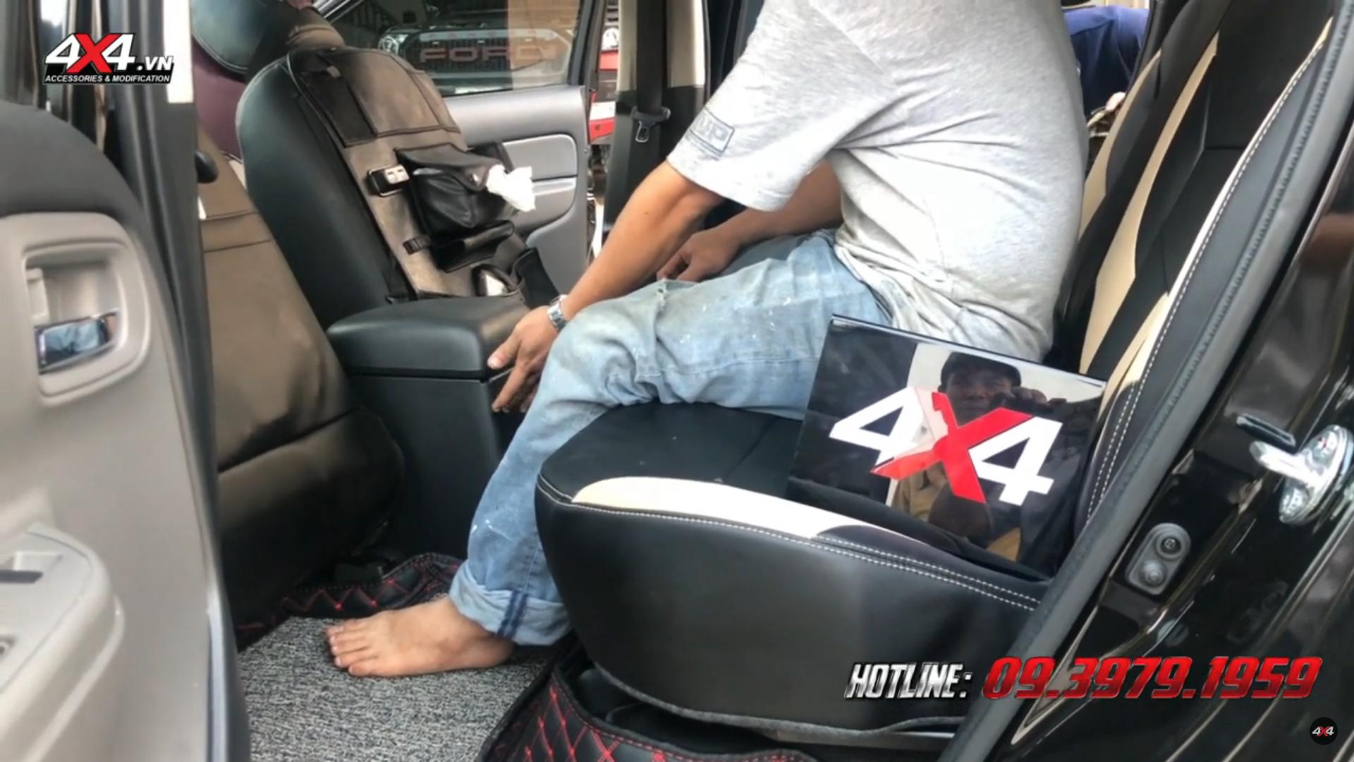 Độ ghế chỉnh điện ngã 45 độ cho xe bán tải Mitsubishi Triton giúp bạn ngồi thoải mái hơn