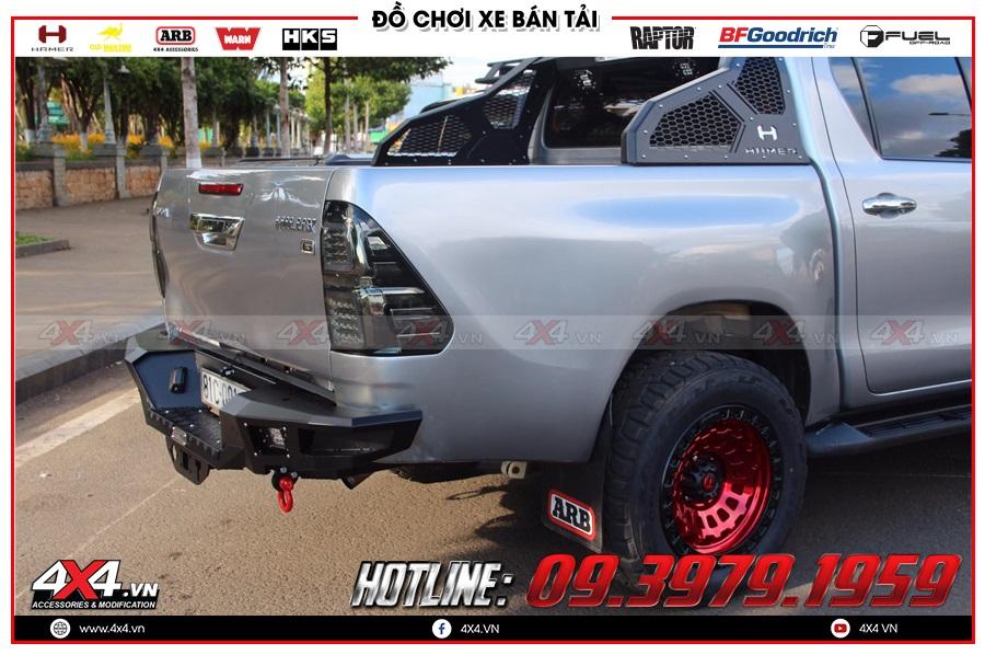 Lắp cản sau Hamer cho xe Toyota Hilux cực ngầu tại 4x4