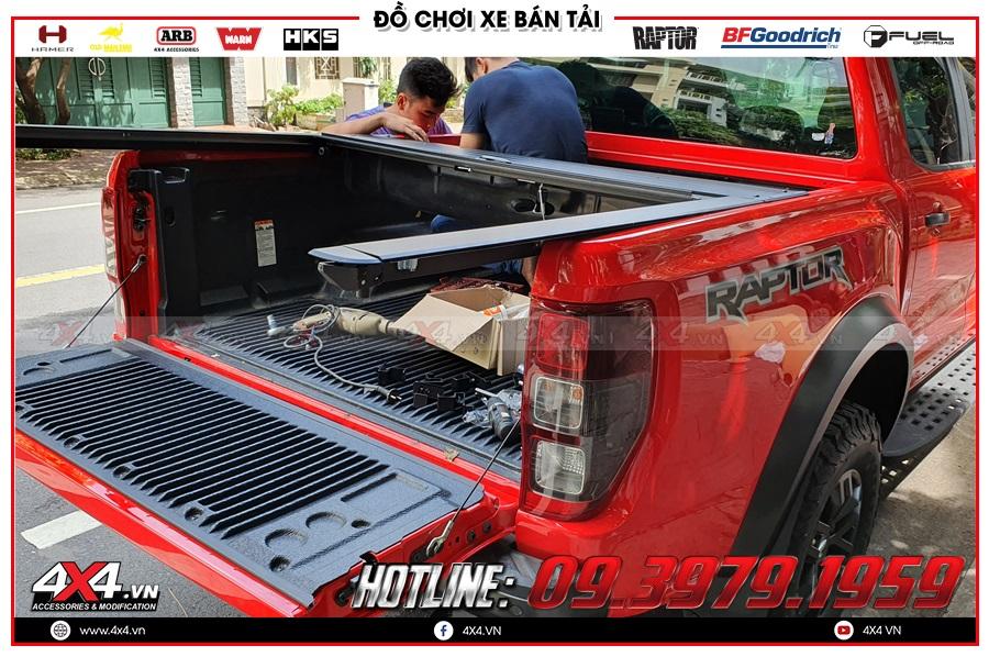 Tư vấn độ nắp thùng cuộn dành cho xe Ranger Raptor 2020 sao cho tiện dụng và giá hợp lý ở 4x4