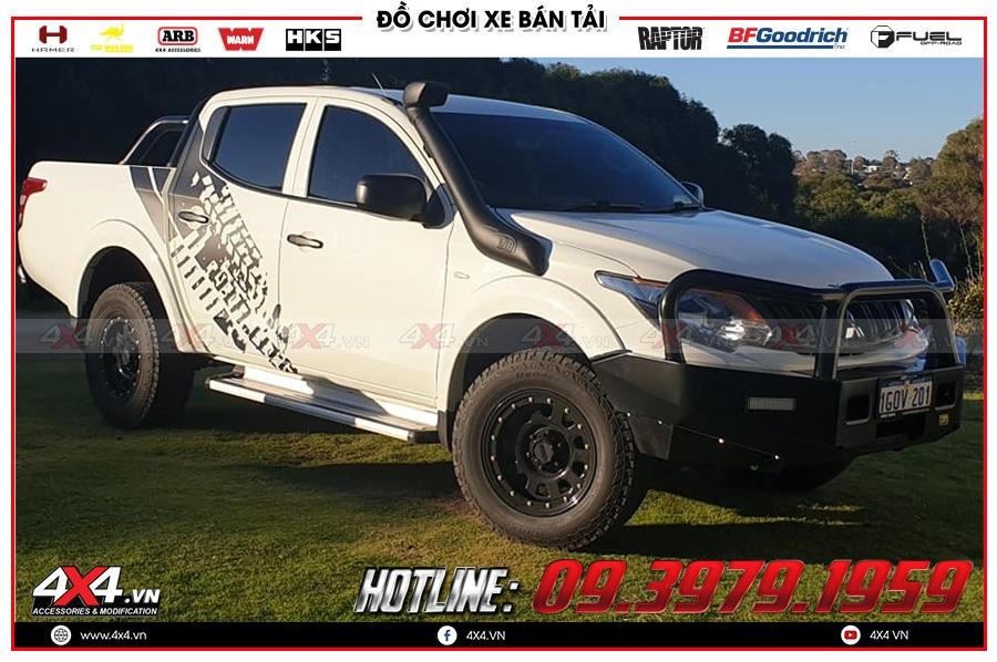 Độ ống thở cho xe Mitsubishi Triton 2020 cực khủng tại 4x4