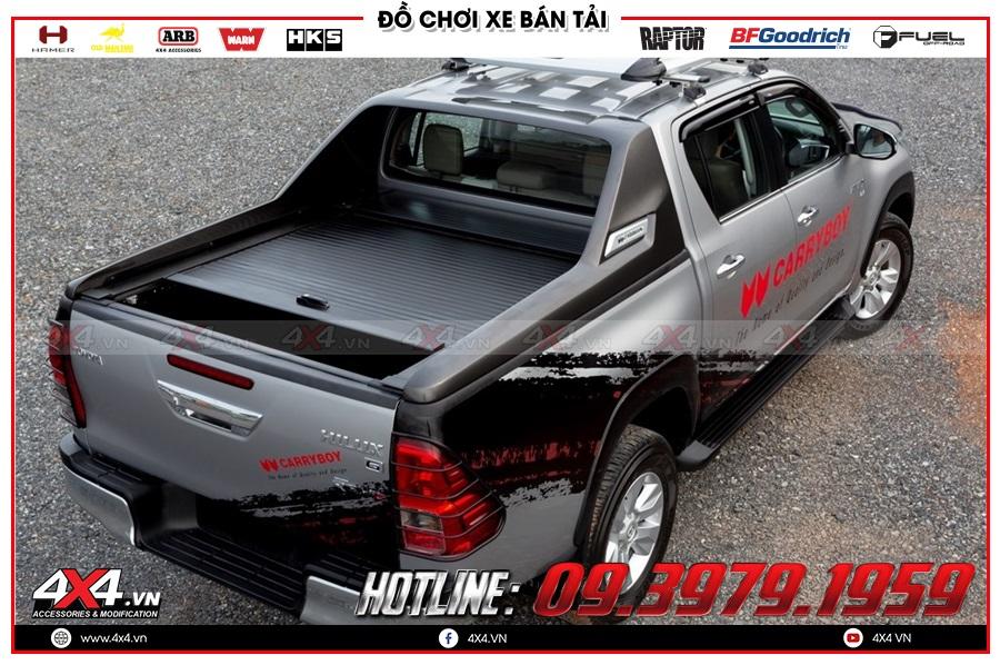 Chuyên lắp nắp thùng cuộn dành cho xe Toyota Hilux 2020 hàng nhập Thailand