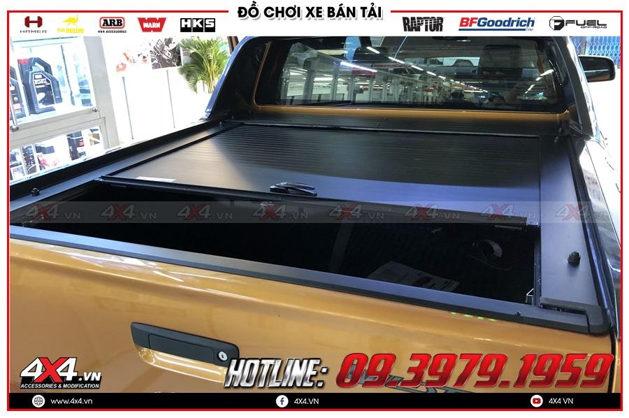 Tư vấn thay nắp thùng cuộn lên cho xe Ford Ranger 2020 sao cho giá rẻ ở 4x4