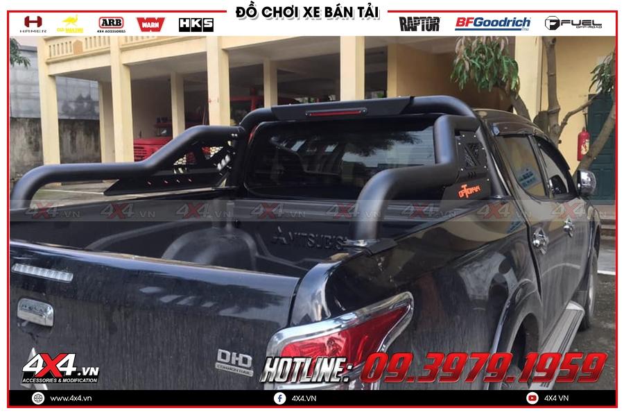 Xe bán tải Mitsubishi Triton độ thanh thể thao Option 4x4 giúp xe thêm cứng cáp và mạnh mẽ hơn rất nhiều