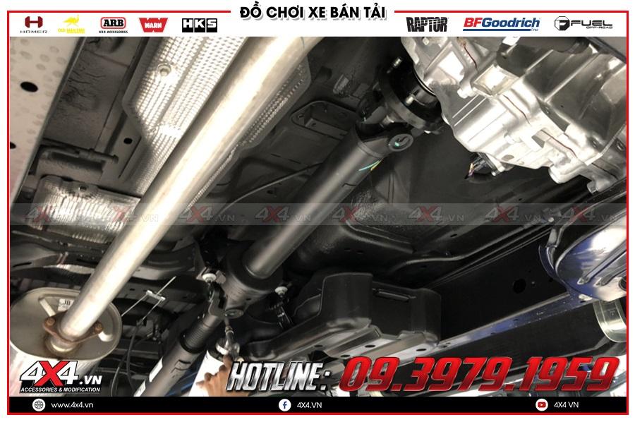 Xu Hướng sơn phủ gầm xe chống ồn cho xe Isuzu Dmax cực tốt tại 4x4