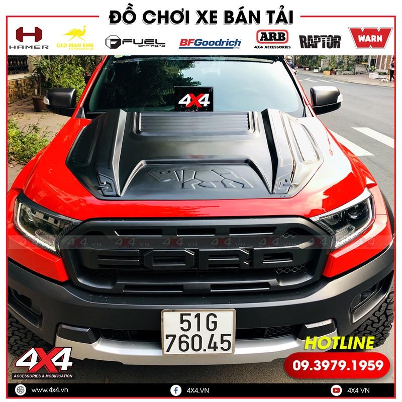 Xe bán tải Ford Ranger màu đỏ độ ốp nắp capo Rhino đẹp, ngầu và cực đẳng cấp