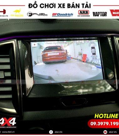 Camera 360 độ giúp bạn đỗ xe, lùi xe dễ dàng hơn nhiều