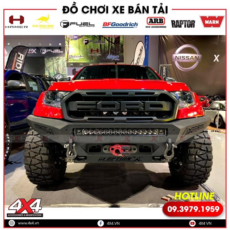 Chiếc Ford Ranger Raptor nhìn ngầu và hầm hố hơn nhiều với cản trước Option X