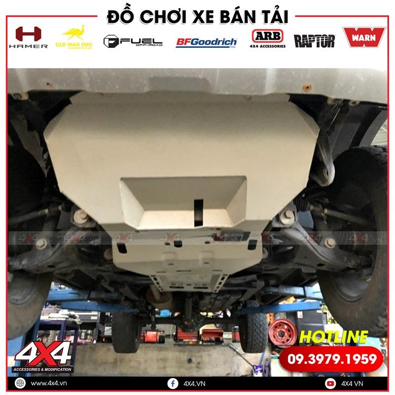 Full giáp gầm bảo vệ chi tiết máy gầm xe cho xe bán tải Ford Ranger