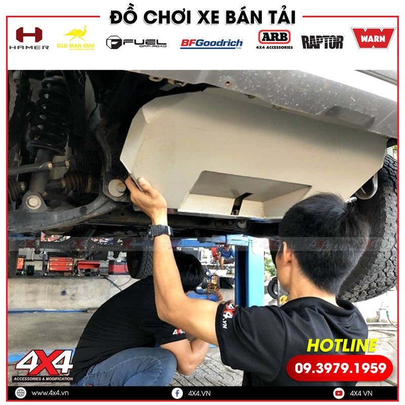 Giáp gầm là phương pháp bảo vệ các chi tiết gầm xe tốt nhất