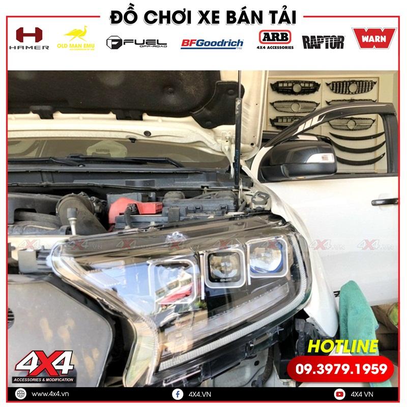 Xe bán tải Ford Ranger độ cụm đèn trước 3 bi led giúp xe đẹp hơn và đẳng cấp hơn