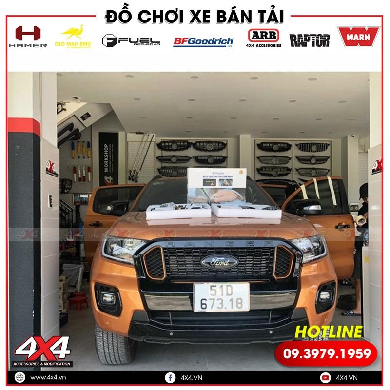 Xe bán tải Ford Ranger độ ghế chỉnh điện và cửa hít giúp xe thêm hiện đại và đẳng cấp