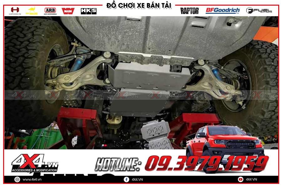 Giáp gầm xe Toyota Hilux giá yêu thương tại HCM Garage 4x4