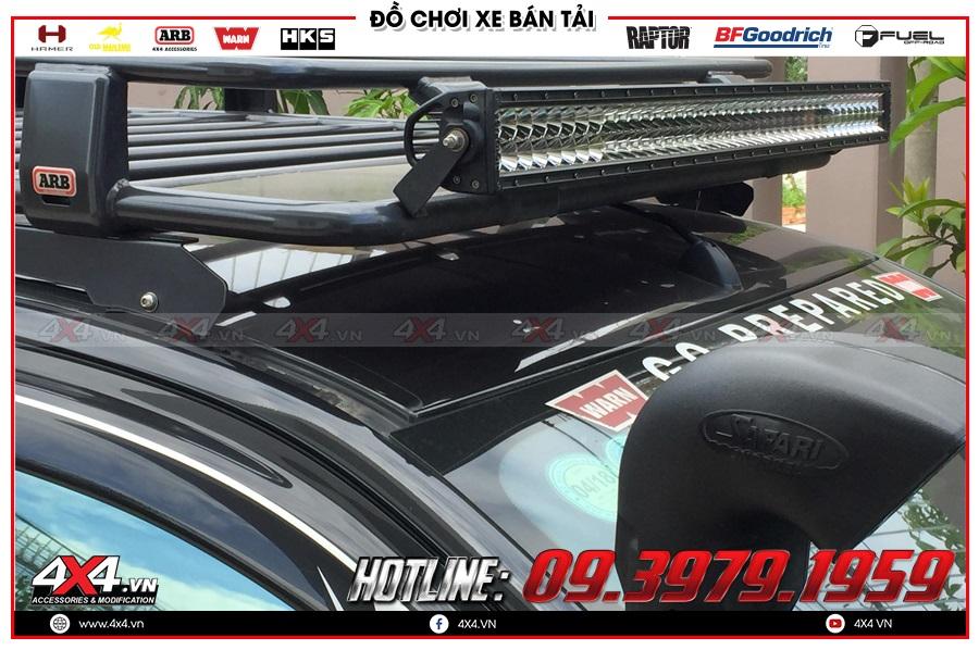 Độ đèn led bar trợ sáng dành cho xe Mitsubishi Triton giá bao nhiêu?