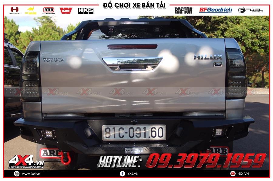 Gắn cản sau Hamer cho xe Toyota Hilux cực ngầu tại 4x4