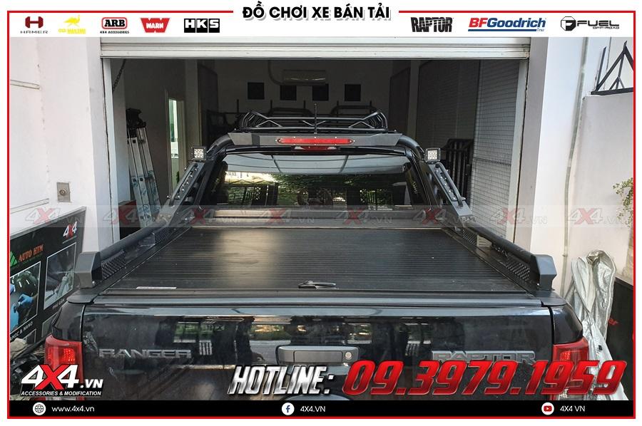 Lên nắp thùng cuộn cho xe Ranger Raptor 2020 tiện dụng tại 4x4