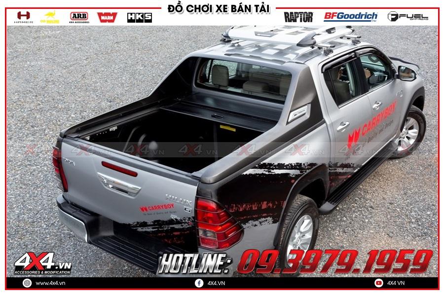 Chuyên gắn nắp thùng cuộn dành cho xe Toyota Hilux 2020 nhập khẩu Thái Lan